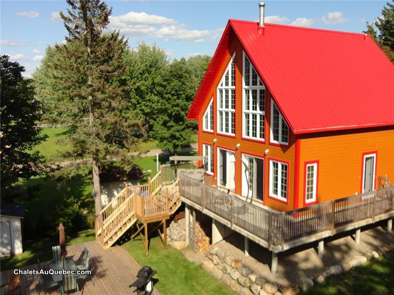 au toit rouge chalet louer st gabriel de brandon pl 16753 chaletsauquebec. Black Bedroom Furniture Sets. Home Design Ideas