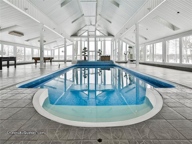 Design piscine municipale exterieure metz 3213 for Chalet a louer avec piscine intrieure