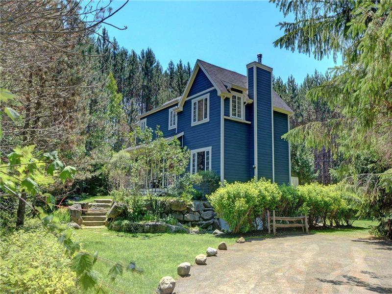 chalet de luxe sur notre lac priv chalet louer mont. Black Bedroom Furniture Sets. Home Design Ideas