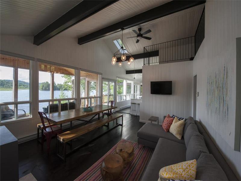Laurentian Lakeside Cottage 55 - Harrington Cottage Rental