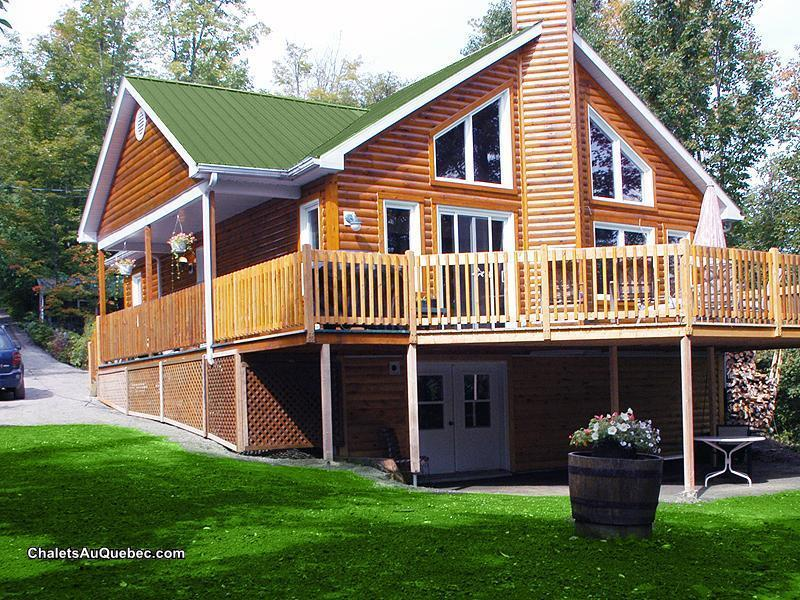 Chalet En Bois A Vendre : Quebec Canada Cottages for Sale