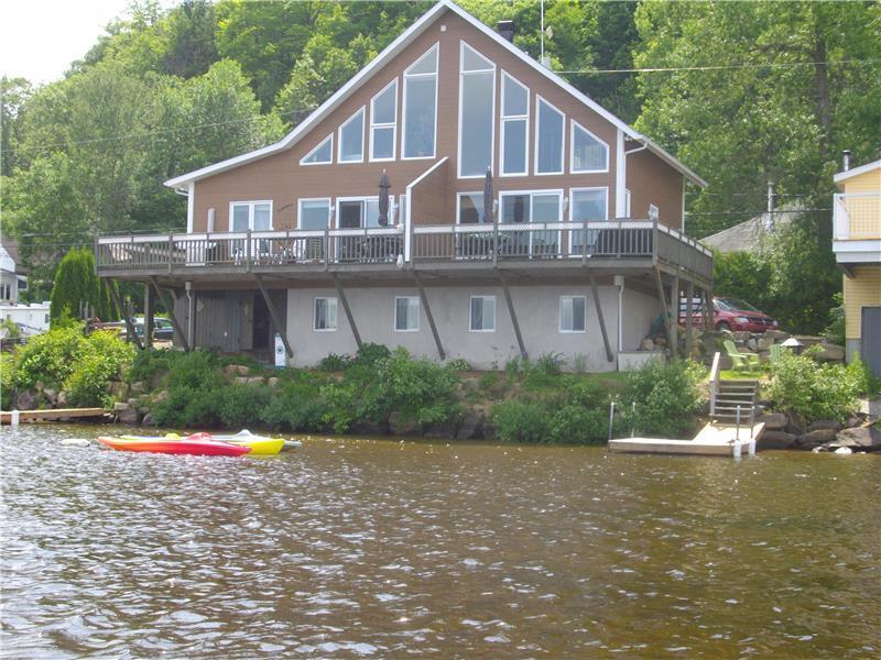 Lac noir a vendre proprietes etangs a for Acheter une maison au canada montreal