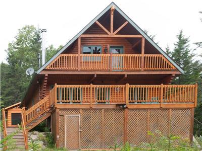 Chalet le Malard | Mont-Tremblant Area, Private SPA, WiFi, 4 Stars Wood Log Cottage, in Nature