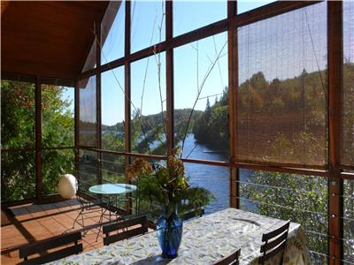 Waterfront. Great and pleasant cottage / country house, comfortable all year round, clean lake