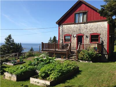 Chalet Épicéa in Gaspésie, your view on the sea