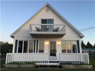 Ocean view cottage overlooking Shediac Bay