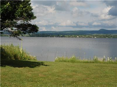 On the Brome Lake (Domaine Brome)
