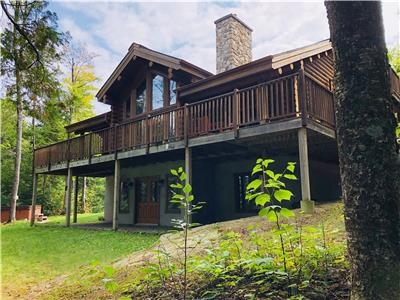Chalet Chinook 2 Mont-Tremblant - Lakefront log cottage, 16 people and private Spa(Lac aux bleuets)