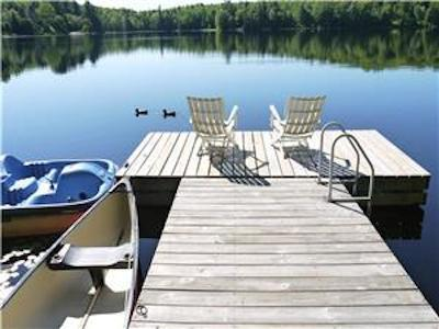 Rare - Summer 2020 avail. 3br Lakefront directly in Mont-Tremblant. 10 m. to resort. Wood fireplace