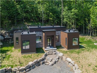 Spectacular cottage for rent in the Mont-Tremblant region
