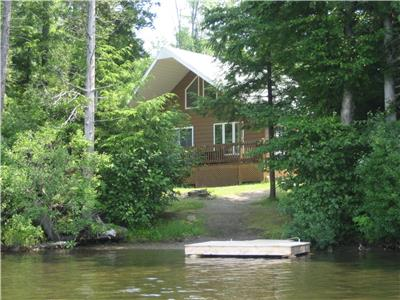 Cottage for sale front lake, Grand-Mère