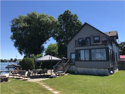 Magnificent Monteregie Cottage Rentals Vacation Rentals Chaletsauquebec Home Interior And Landscaping Eliaenasavecom