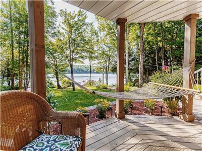 Lake-View Cottage | The Perfect Escape