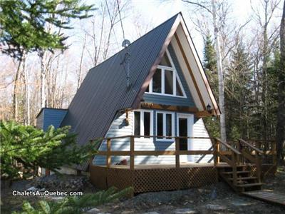 Alto cottage for rent with lake acces in St. Adolphe d'Howard in the Laurentians