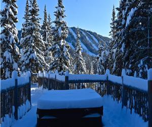 chalet Nochette Spa, LAC, pêche, trek, kayak, Ski & Motoneige
