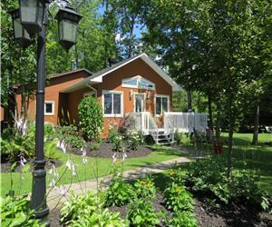 Magog Chalet   `The nature lover's