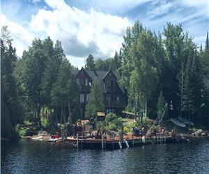 Chalet de rêve à louer sur le Lac Archambault à St-Donat