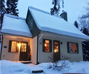 Cozy Cottage in the Heart of the Laurentians and the winter wonders