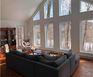Cottage l'Echo - peace haven within 1h from Montreal, ideal for working from home