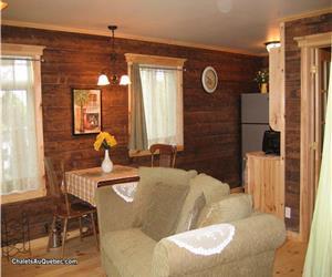 Holy Peace Cottages, Le Saint-Flavien