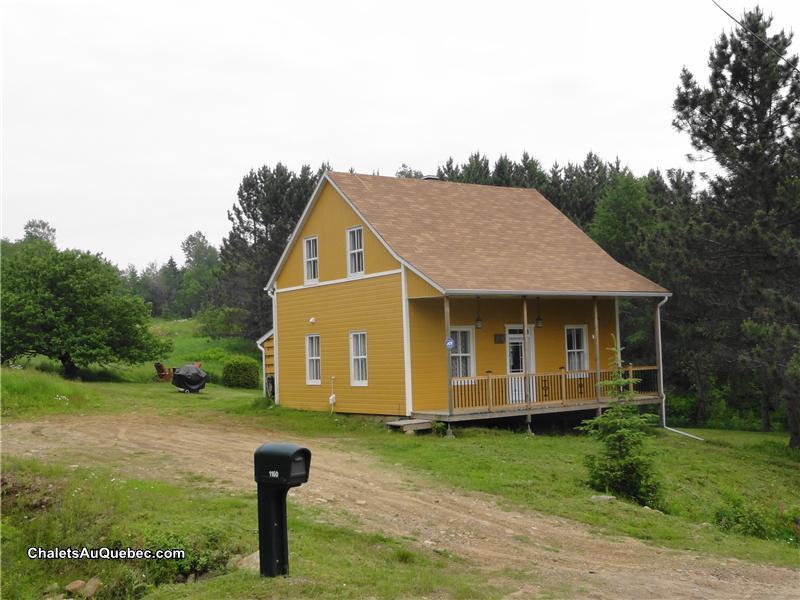 country house in saint zenon qc st zenon cottage rental pl 15244 chaletsauquebec. Black Bedroom Furniture Sets. Home Design Ideas